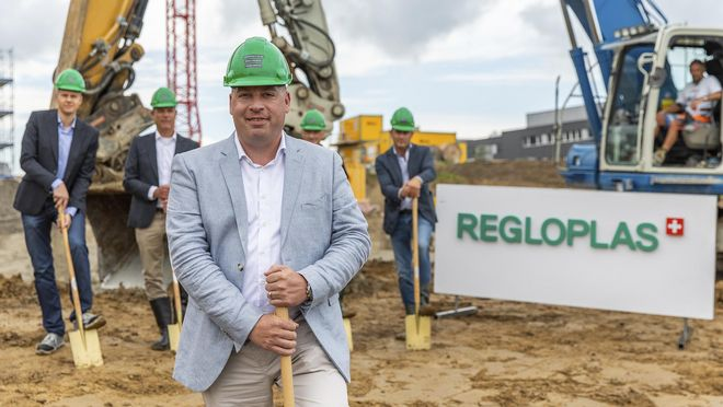 Ground-breaking ceremony for the new building of Regloplas AG